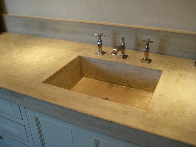 Concrete sinks and bathtubs
